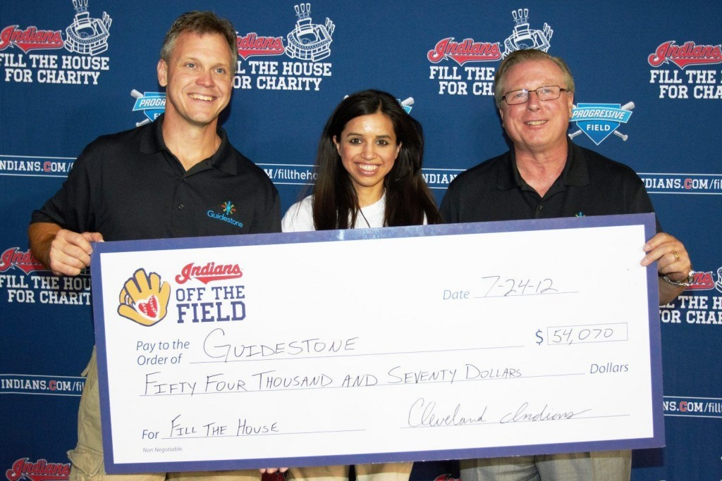 Oversized checks for Memorable Donations with big check printing ...