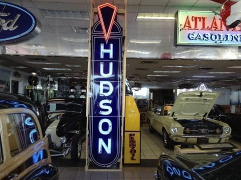 signs for car dealerships